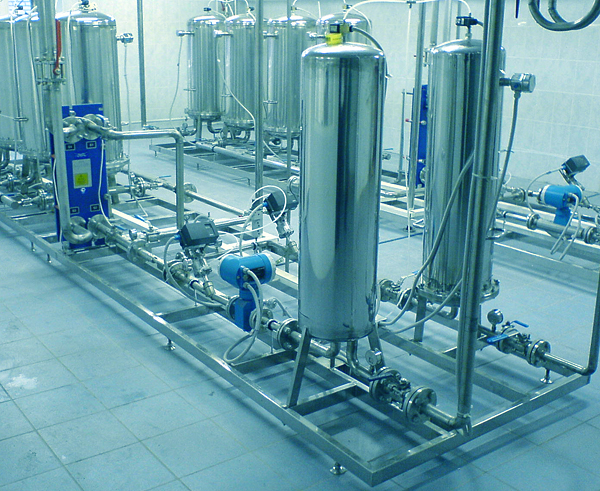 HART flowmeters at Moscow Kristall Distillery. WinCon 8000 with Micro TRACE MODE 6.